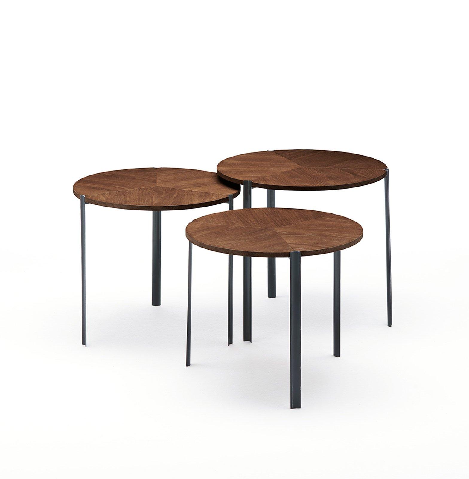 Tavolini per il soggiorno tendenze dal salone del mobile for Piani di casa con spazi di vita all aperto