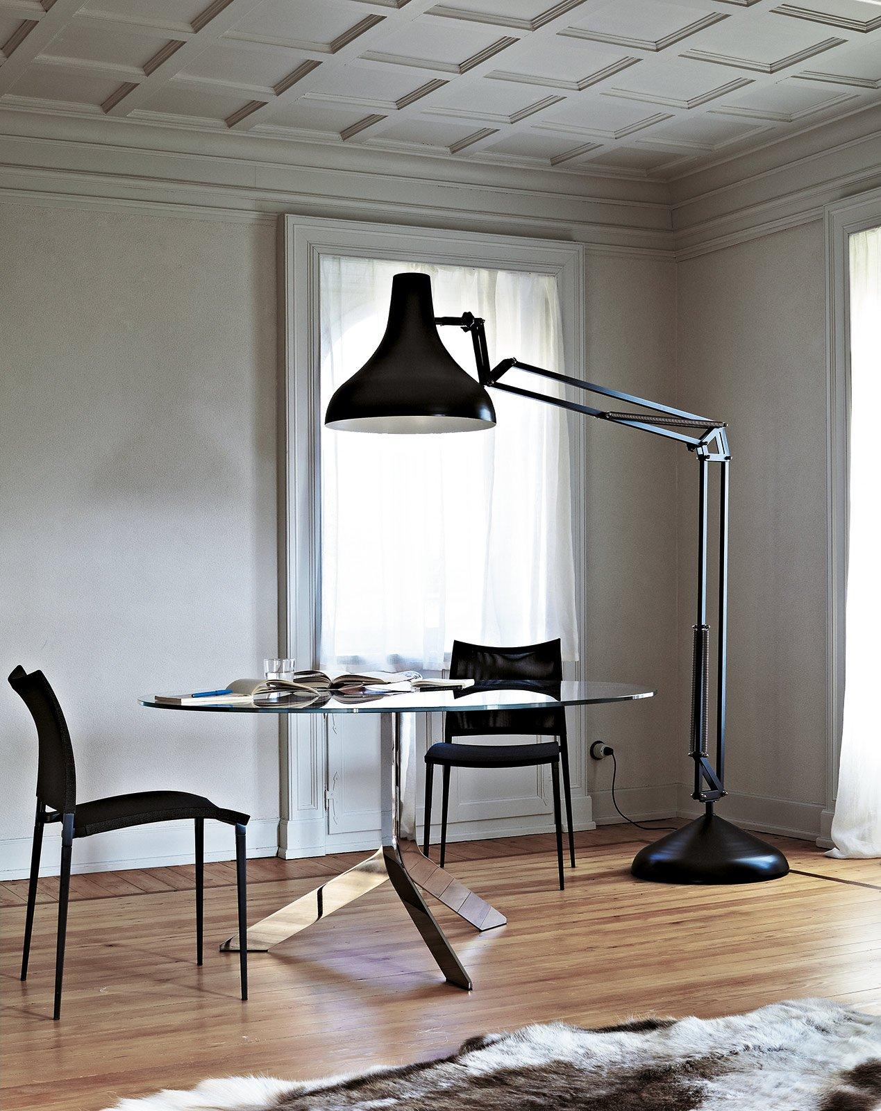 Tavoli Rotondi E Ovali Design Morbido Minimal Dinamico
