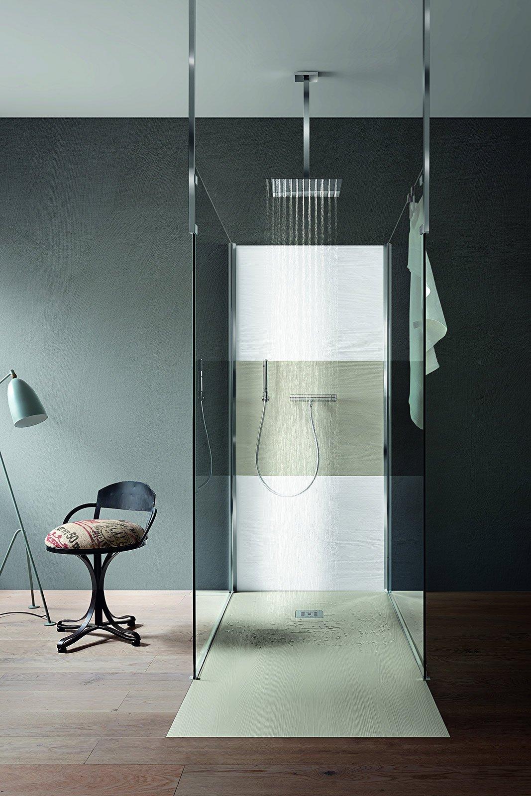 Bagno dettagli di design per la doccia cose di casa - Porta bagnoschiuma doccia ...