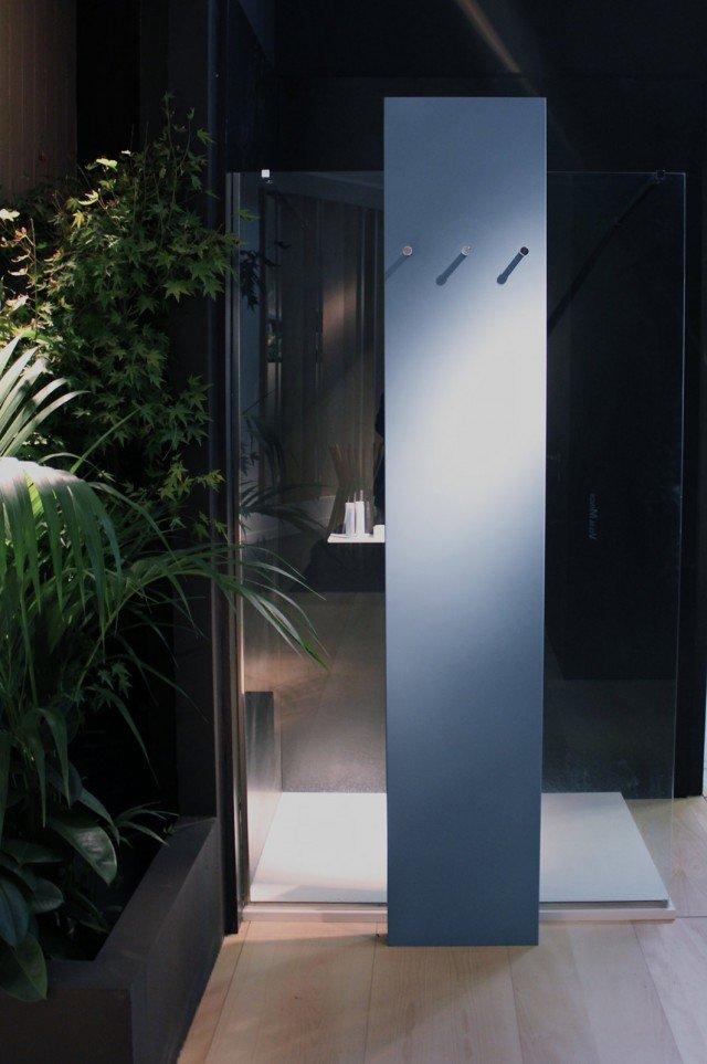 Termoarredi per riscaldare con il design cose di casa - Piatto doccia triangolare ...
