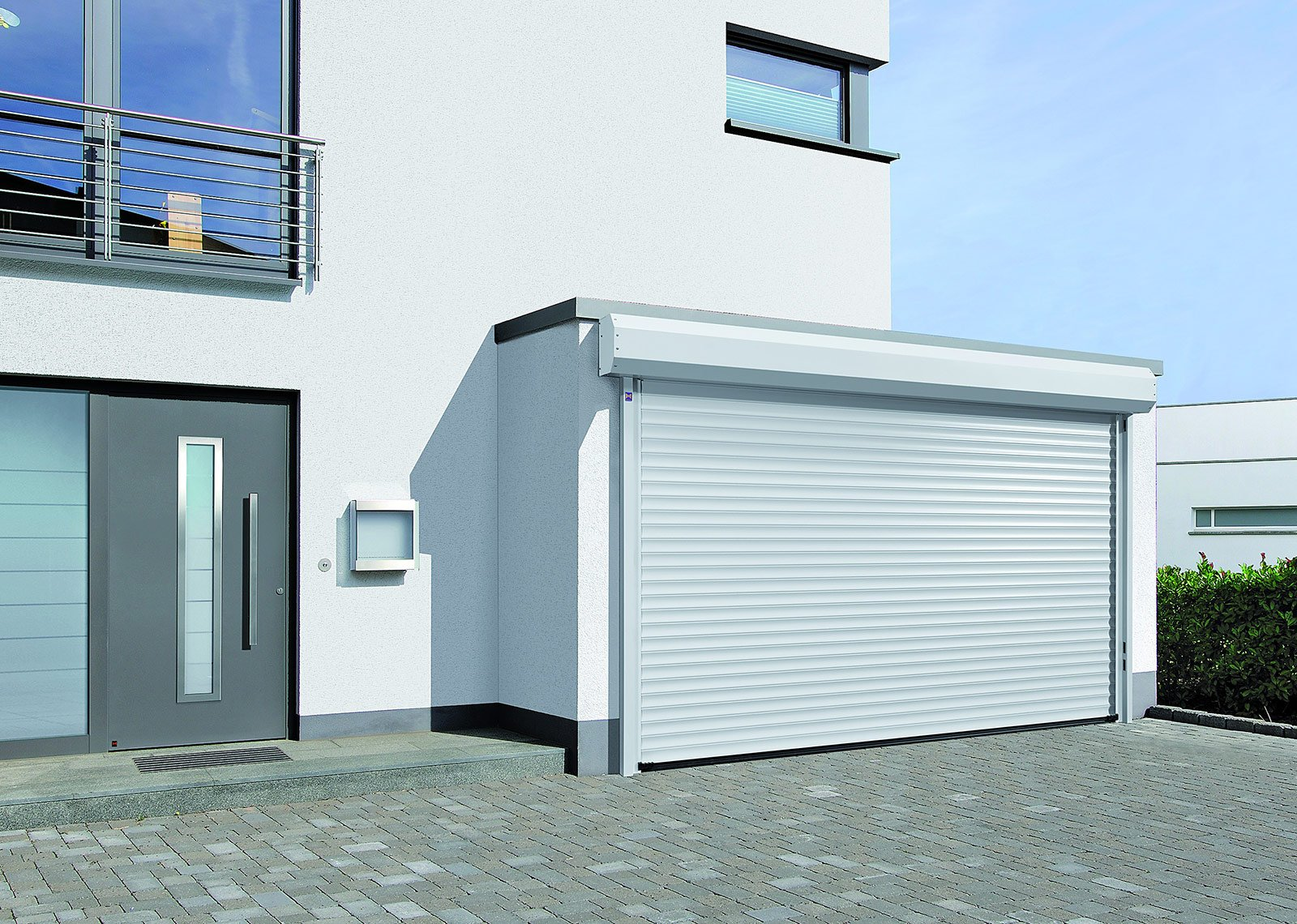La serranda avvolgibile RollMatic di Hörmann è disponibile anche con ...