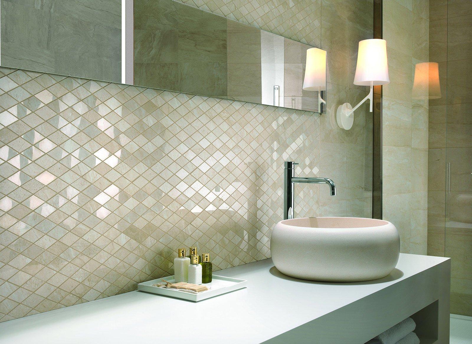 Piastrelle Arancioni Per Bagno piastrelle: rivestimenti d'effetto a parete in bagno - cose