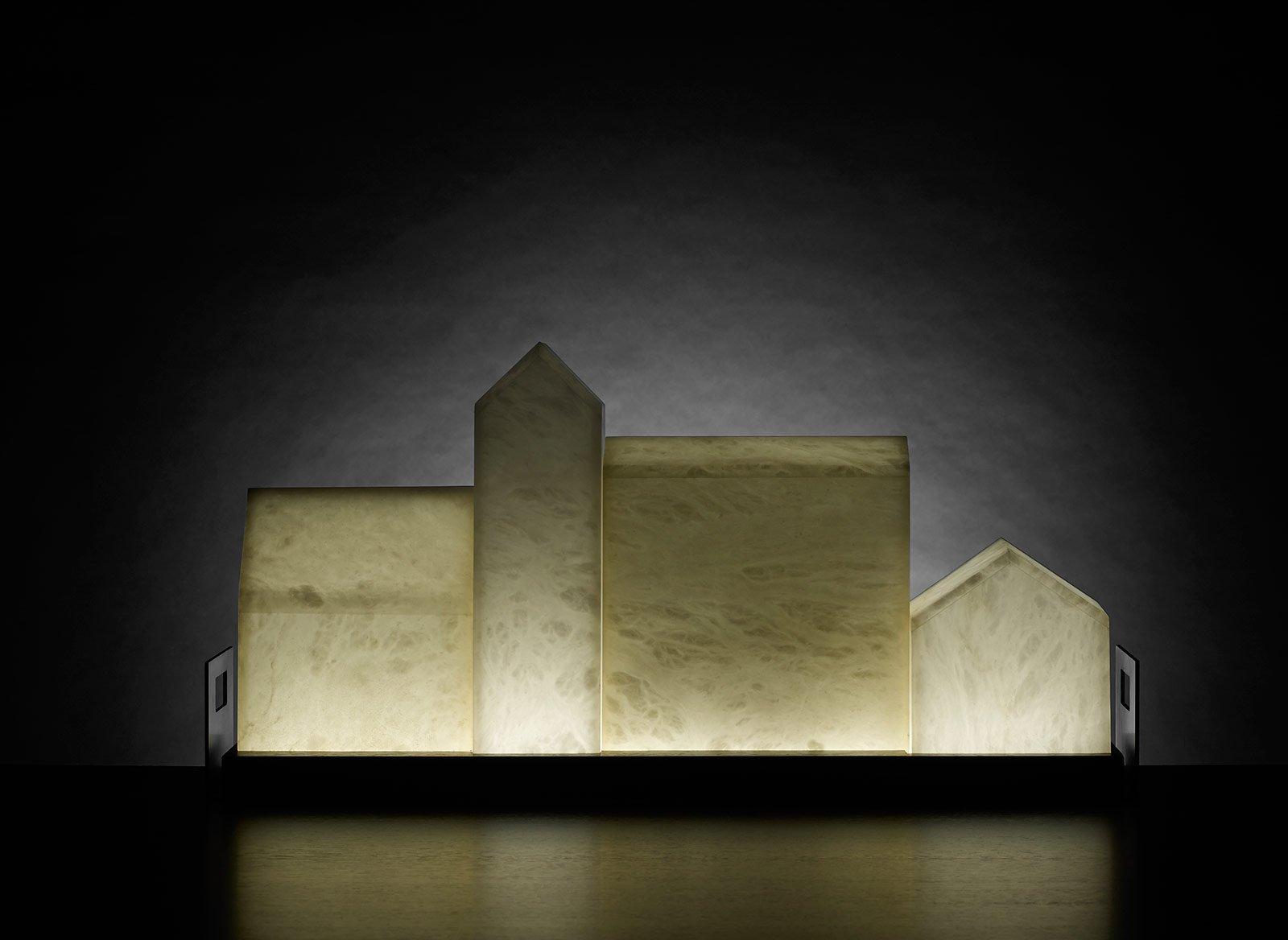 Lampade sculture luminose ludovico arredamenti for Promemoria arredamenti