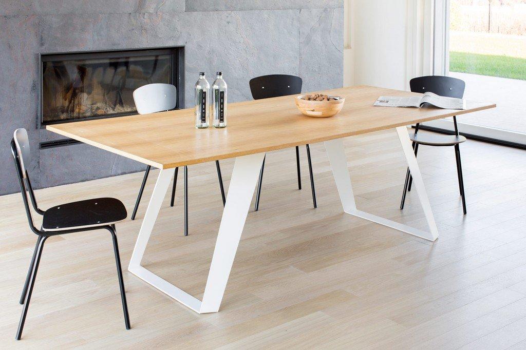 Tavoli in legno le novit cose di casa - Gambe in ferro per tavoli ...