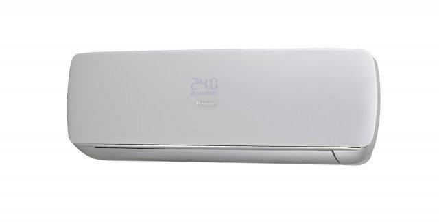 Disponibile nelle versioni mono e multi il climatizzatore Apple Pie AS-09UR4SPSC4 di Hisense è ultra-sottile con dimensioni di L 101,5 x P 15,8 x H 32 cm. In classe di efficienza energetica A++ (in raffreddamento) e A/A+ (in riscaldamento), è disponibile nelle potenze da 9.000, 12.000 e 18.000 BTU/h. Prezzo 649 euro. www.hisenseitalia.it