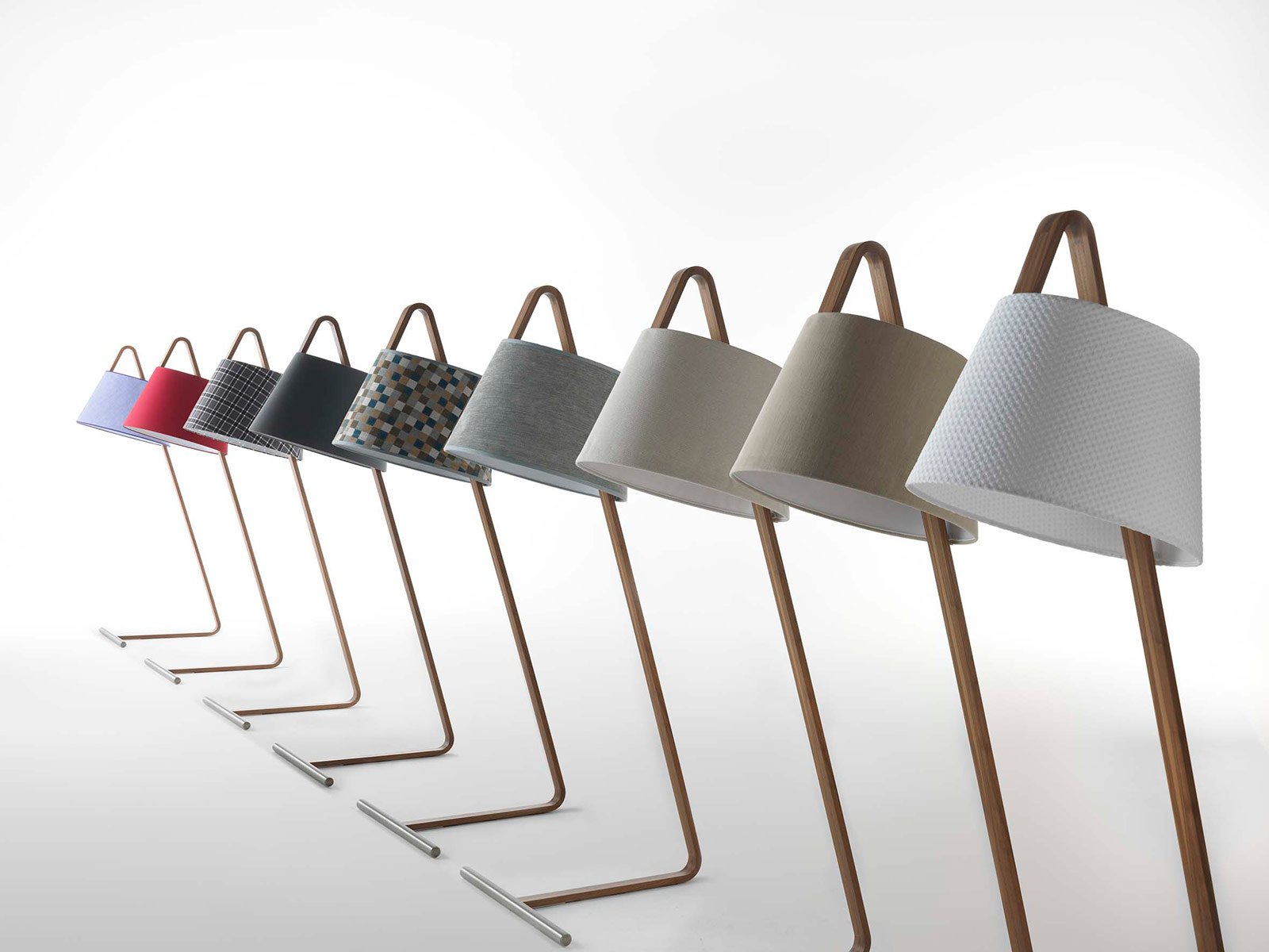 Design week sfilano anche le luci cose di casa for Creatore di piano casa personalizzato