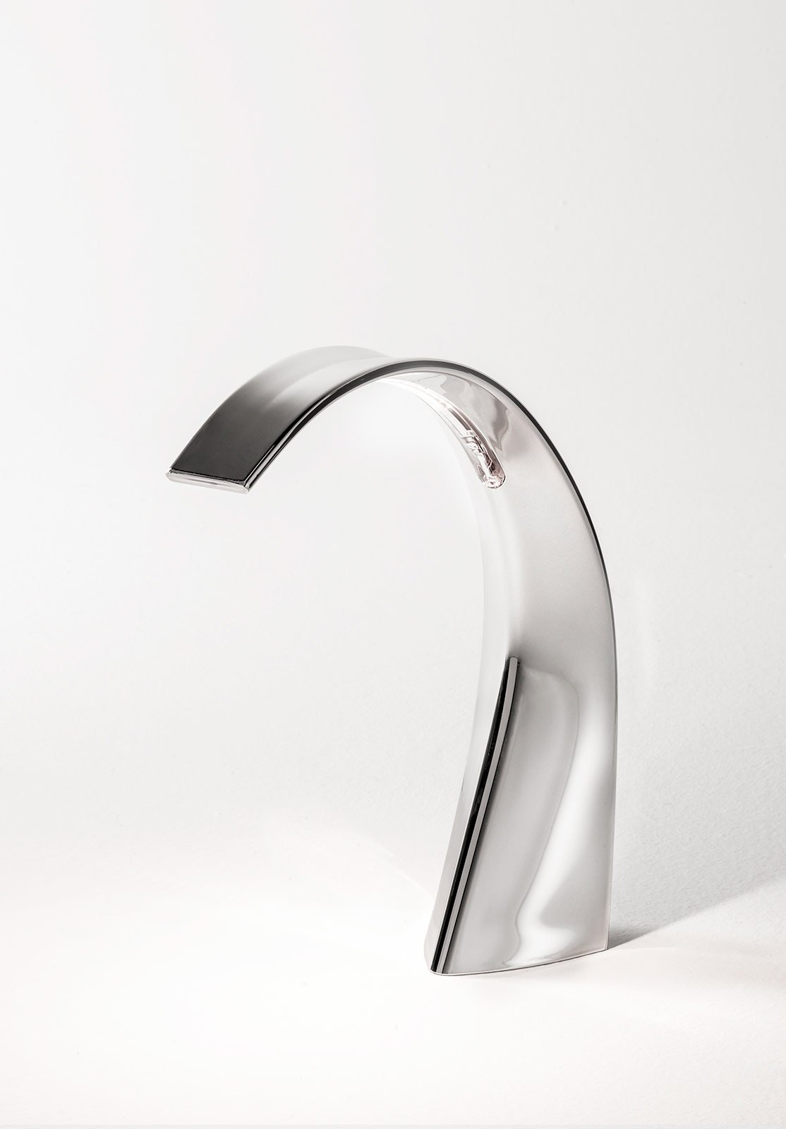 Lampade sculture luminose per il tavolo cose di casa for Lampade piccole da tavolo