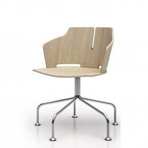 Prima di Luxy è dotata di sedile e schienale in multistrato di rovere naturale o verniciato, la struttura è realizzata in metallo cromato. Lo schienale abbraccia il corpo e lo sostiene, trasformandosi nei braccioli. Si può scegliere tra numerose tipologie di sostegno: finitura cromata: quattro gambe in tubo d'acciaio, girevole, con cinque razze in alluminio. www.luxy.com