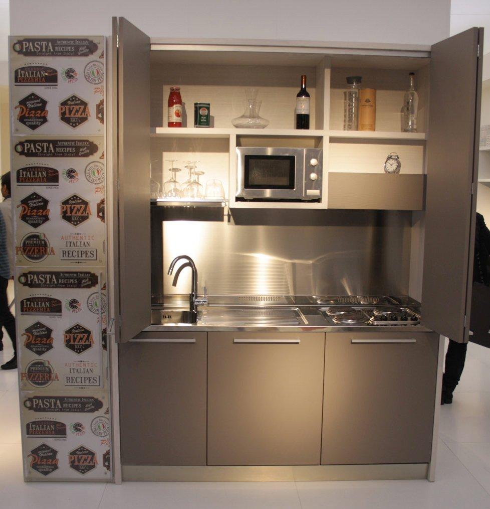Arredamento moderno camera da letto per ragazze - Cucine armadio prezzi ...