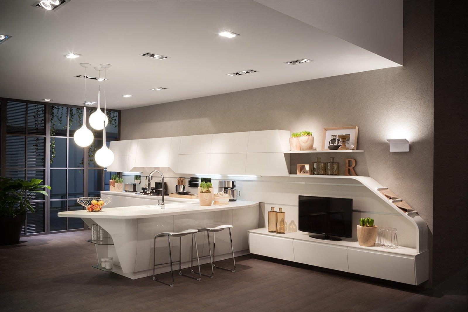 DINAMICA E SINUOSA, la cucina FluxSwing ha linee morbide e innovative ...