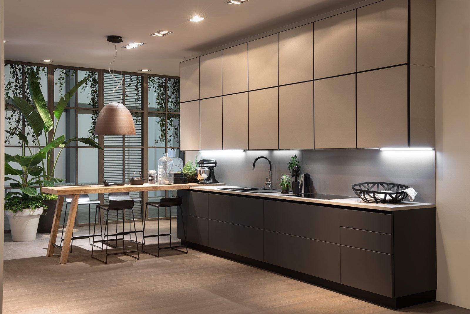 Cucina e soggiorno openspace funzioni divise o spiccata socialit cose di casa - Cucine a parete ...