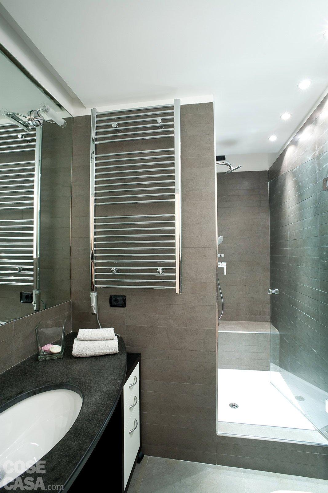 Una casa mini con curve e nicchie risolutive cose di casa - Nicchie in bagno ...