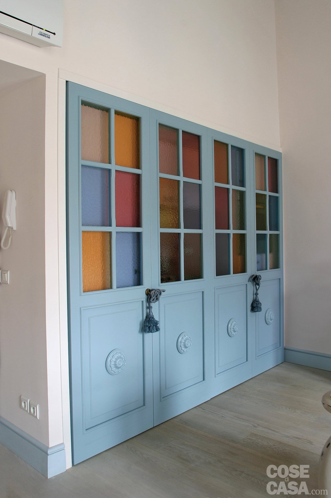 Una Casa In Tonalità Pastello Ludovico Arredamenti #6A4435 1065 1600 Sedie In Legno Per Cucina Colorate