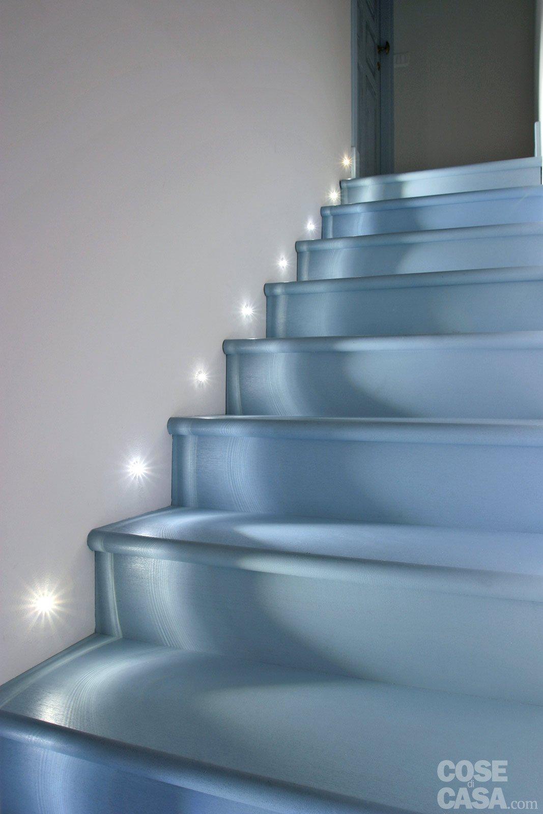 60 mq una casa in tonalit pastello cose di casa - Specchio con lampade intorno ...