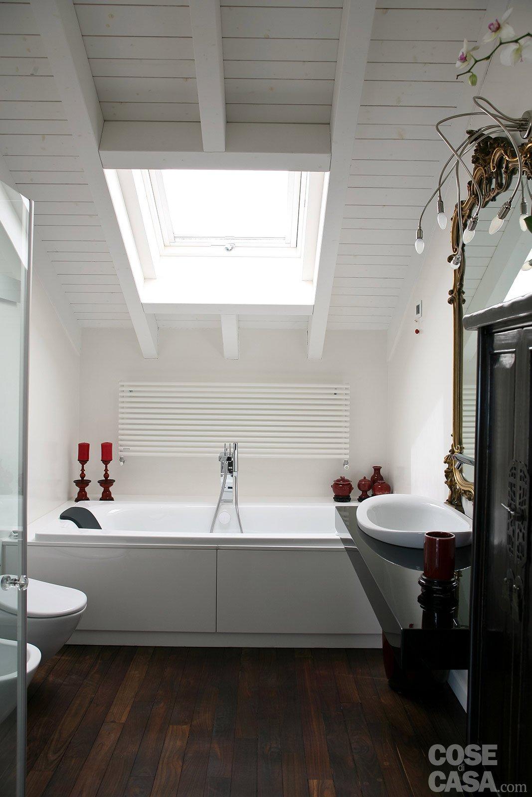 Volumi bianchi in mansarda per avere pi luce cose di casa for Piccoli piani di casa cabina di log
