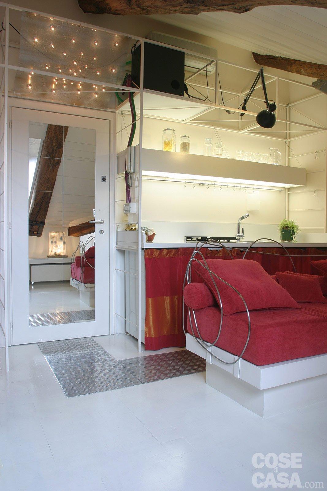 45 mq una casa in bianco e rosso cose di casa for Case di casa