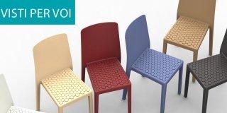Salone del Mobile 2014: superfici lavorate o colorate per le sedie