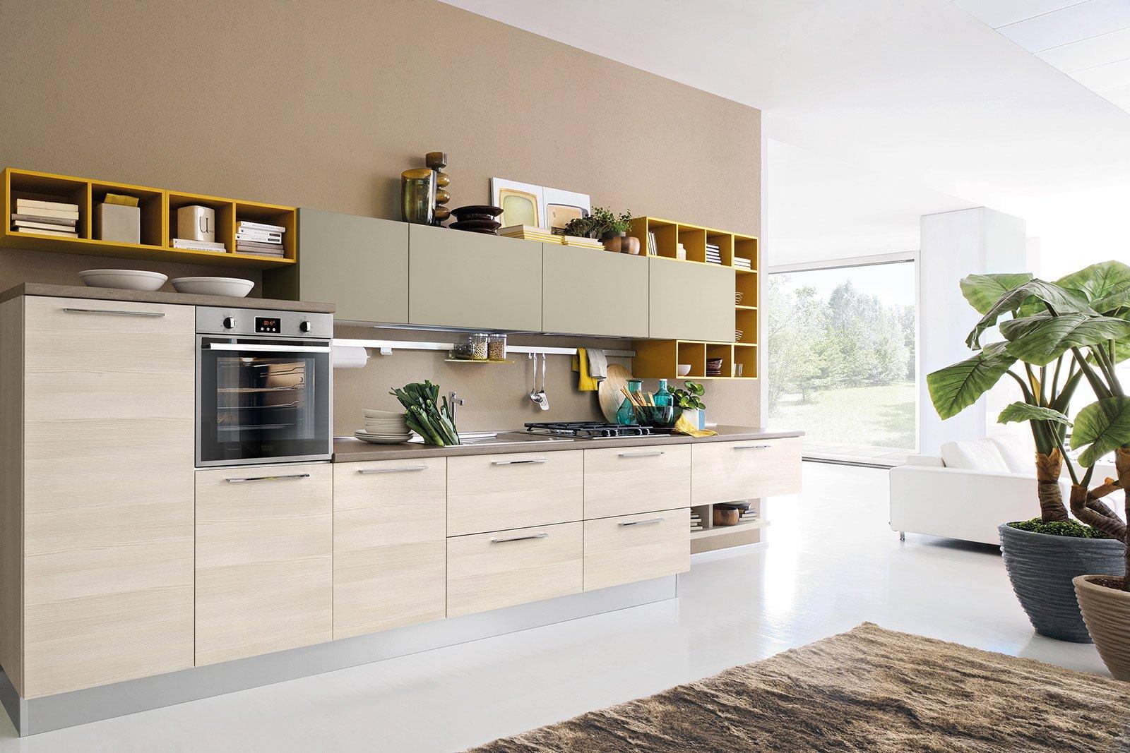 Nuove cucine: con un tocco di colore fluo - Cose di Casa