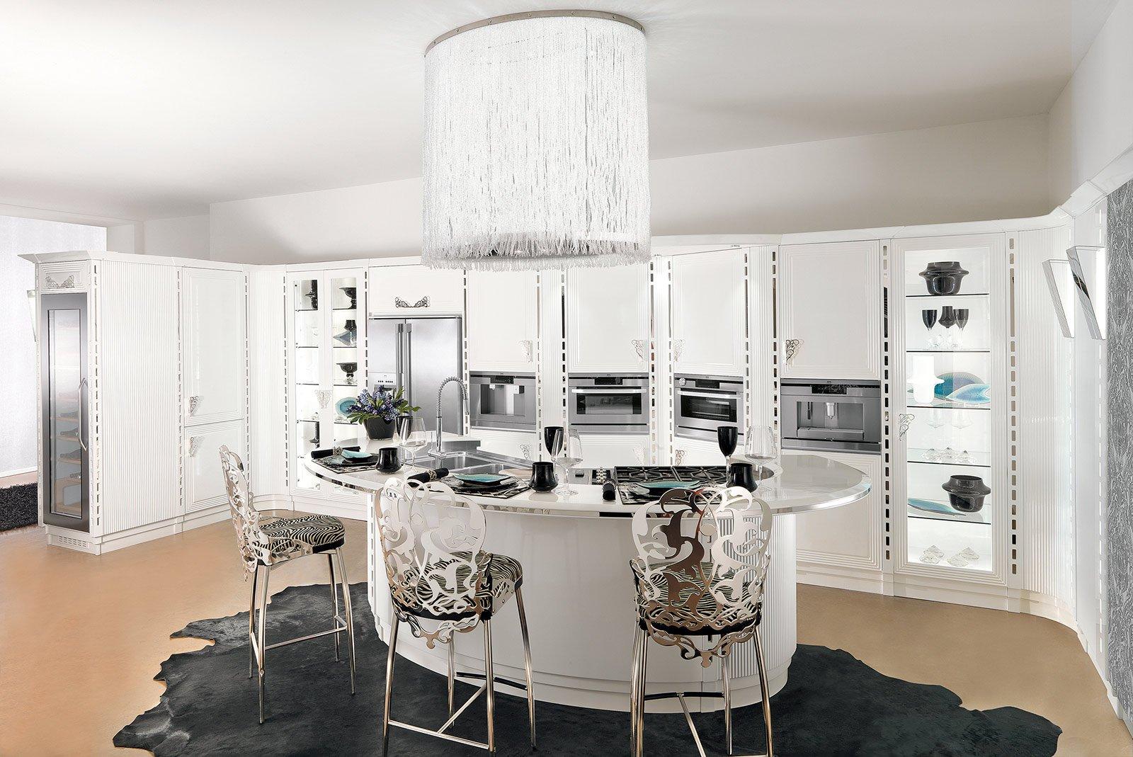 La cucina con l 39 isola monocromatica o bicolore cose di casa for Piccole cucine con penisola