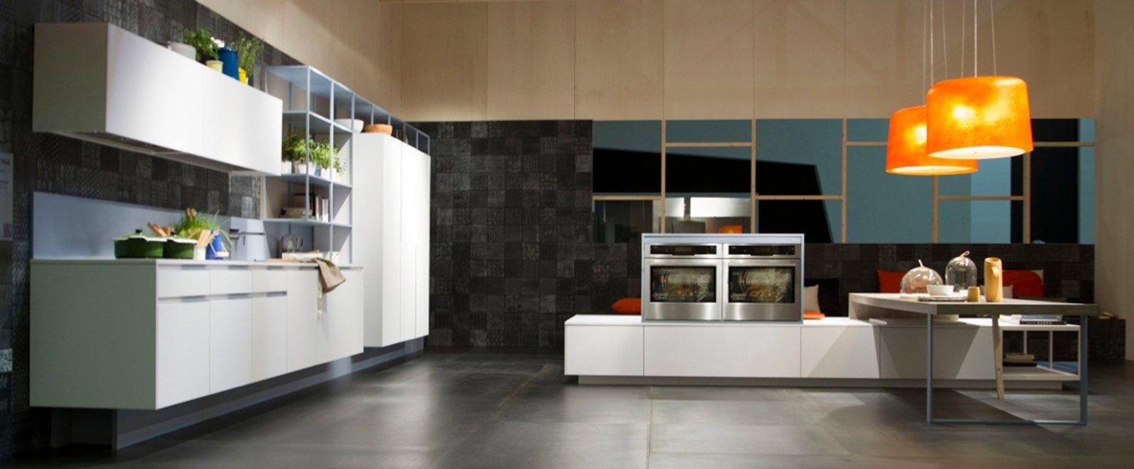 Cucine bianche moderne cose di casa - Cucine da 10000 euro ...
