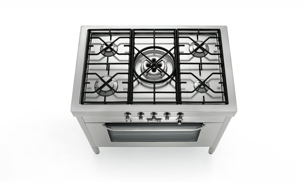 Cucina monoblocco piano cottura e forno tutto in uno - Piano cucina acciaio inox ...