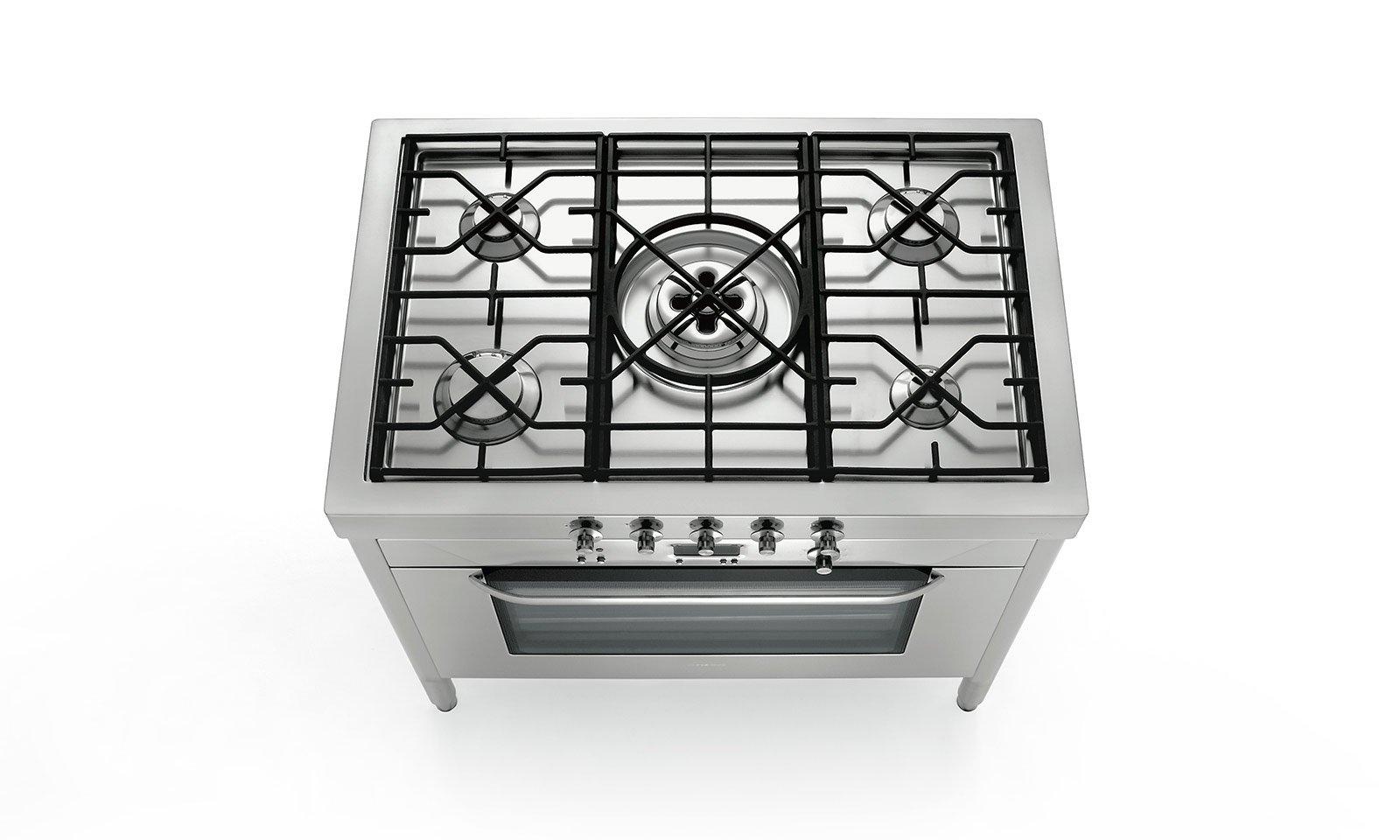 cucina monoblocco: piano cottura e forno tutto in uno ... - Steel Cucine Prezzi