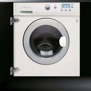 A incasso, la lavasciuga ha capacità di 6 kg per il lavaggio e di 3 kg per l'asciugatura. Ha 16 programmi e funzione di carico variabile automatico per ottimizzare i consumi. Misura L 59 x P 55 x H 81,8 cm. Iva escl. costa 1.450 euro DLZ693W di De Dietrich, www.dedietrich.it