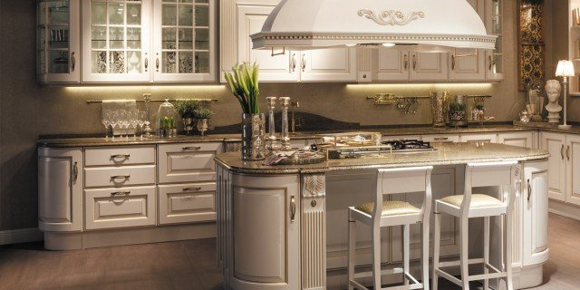 Cucine classiche arredamento cose di casa - Cucine in stile ...