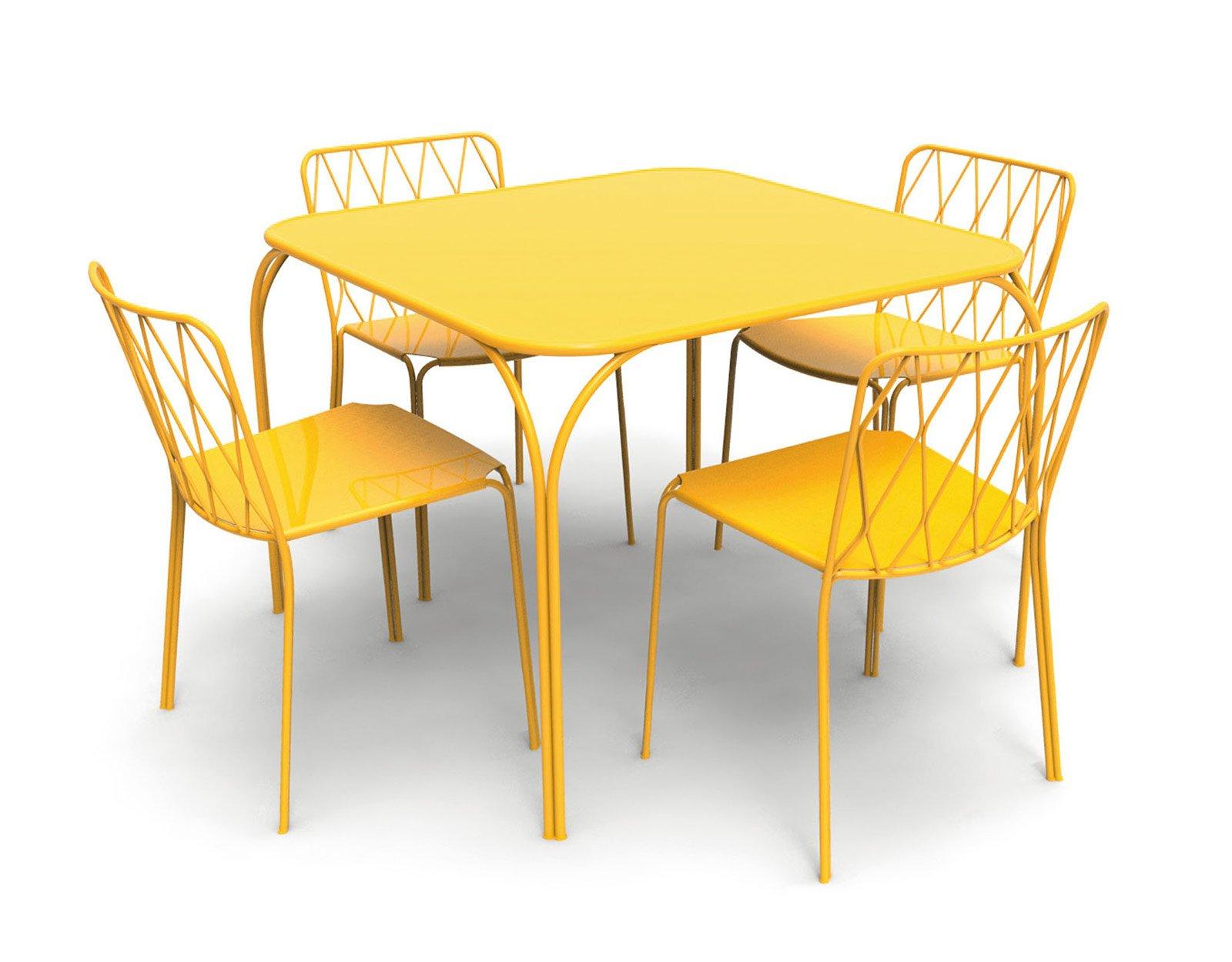 Far salotto in giardino o in terrazzo cose di casa for Tavolo e sedie terrazzo