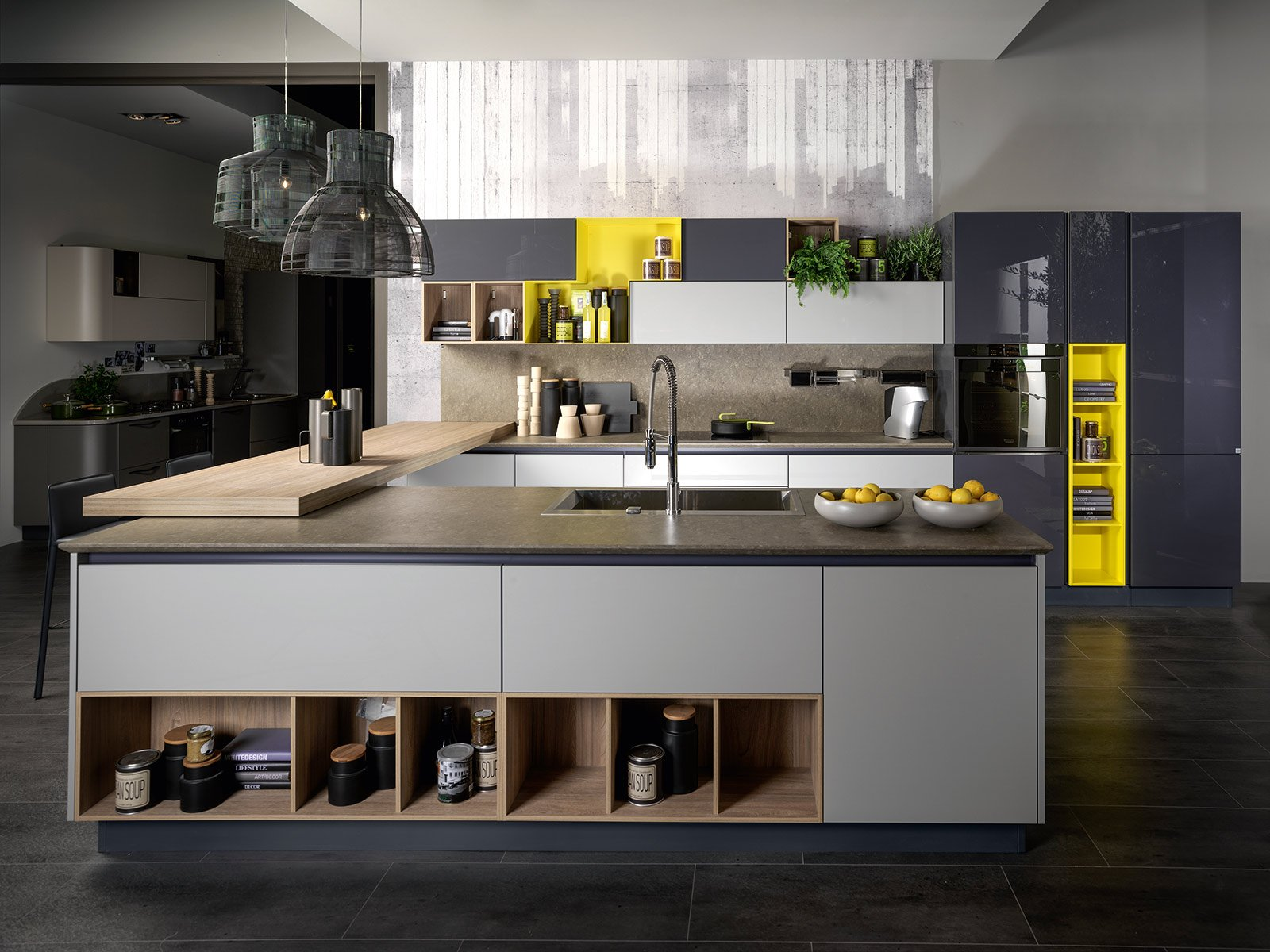 Cucine con ante lisce stile contemporaneo cose di casa for Cucine e salotti insieme