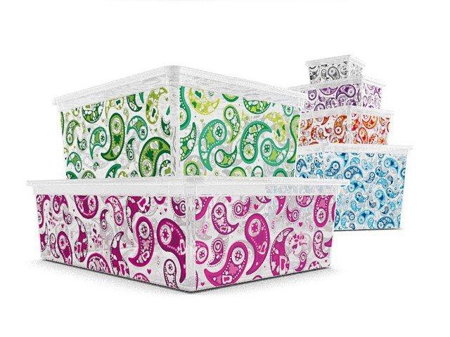 Decorati ma trasparenti, i contenitori C Box di Kis, sono pratici e facili da usare; esistono in 6 dimensioni. www.kis.it