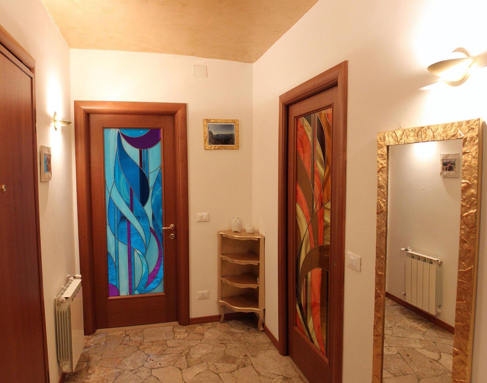 Corridoio quali finiture per pavimento e porte cose di - Tinte per pareti di casa ...