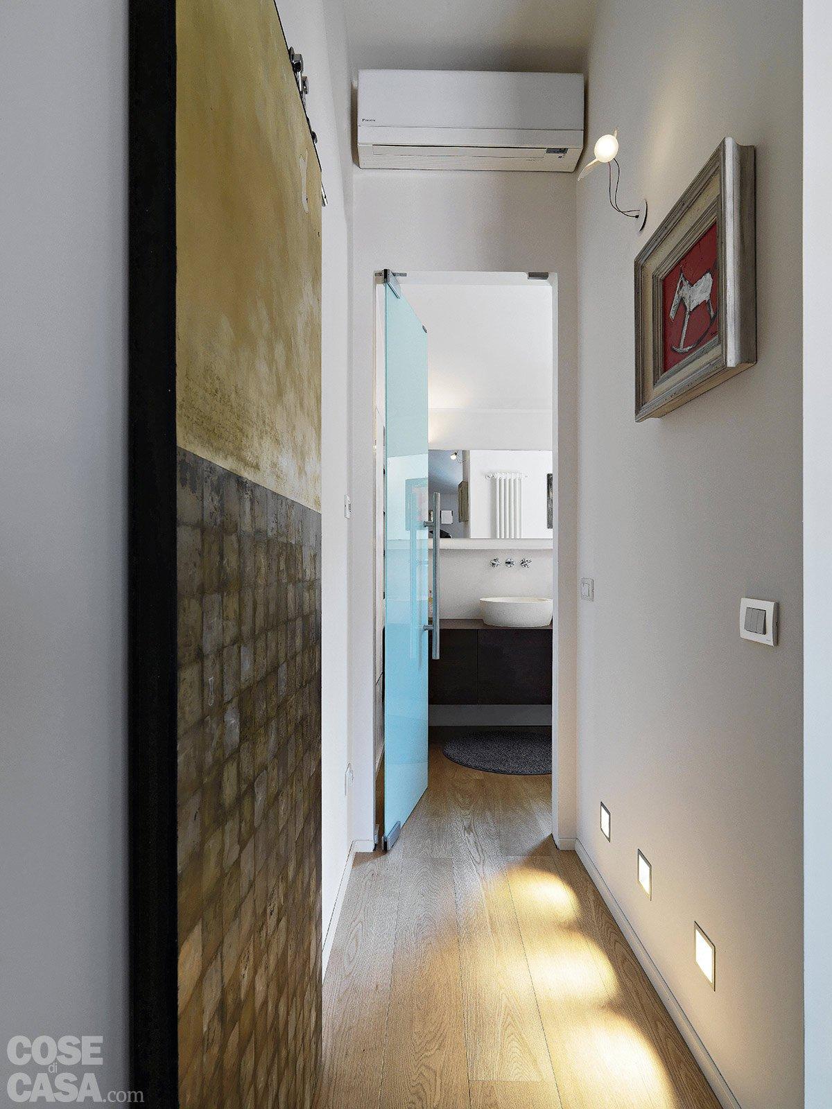 86 mq interni tra passato e presente cose di casa for Illuminazione interni casa