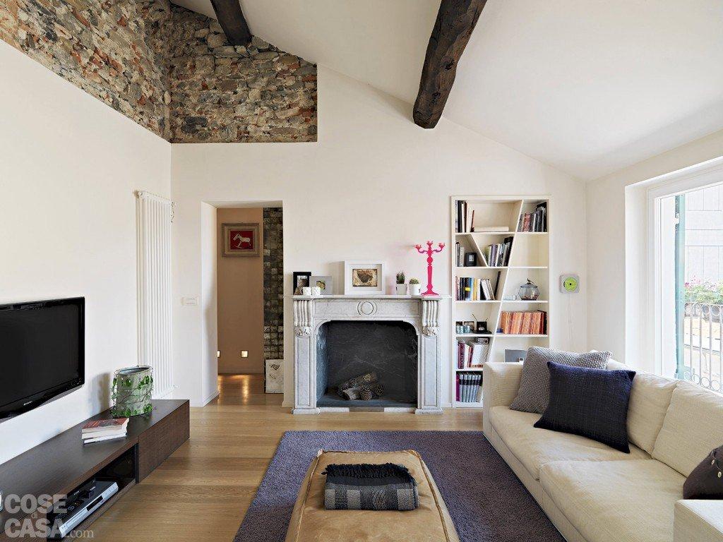 Soggiorno disegno Classico : 86 mq: interni tra passato e presente - Cose di Casa