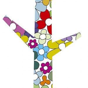 L'appendiabiti Edward Flowers di Creativando in multistrato di faggio è protetto in laminato plastico e si applica con due distanziatori; misura 45 x 1,2 x H 127 cm. Prezzo 165 euro. www.creativando.nu