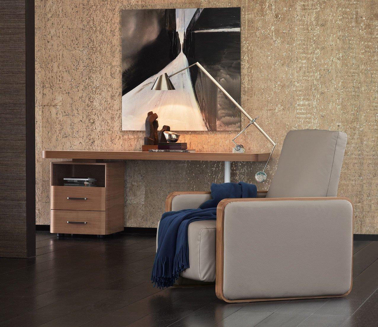 Lavorare comodamente da casa ecco la scrivania giusta for Cose per casa