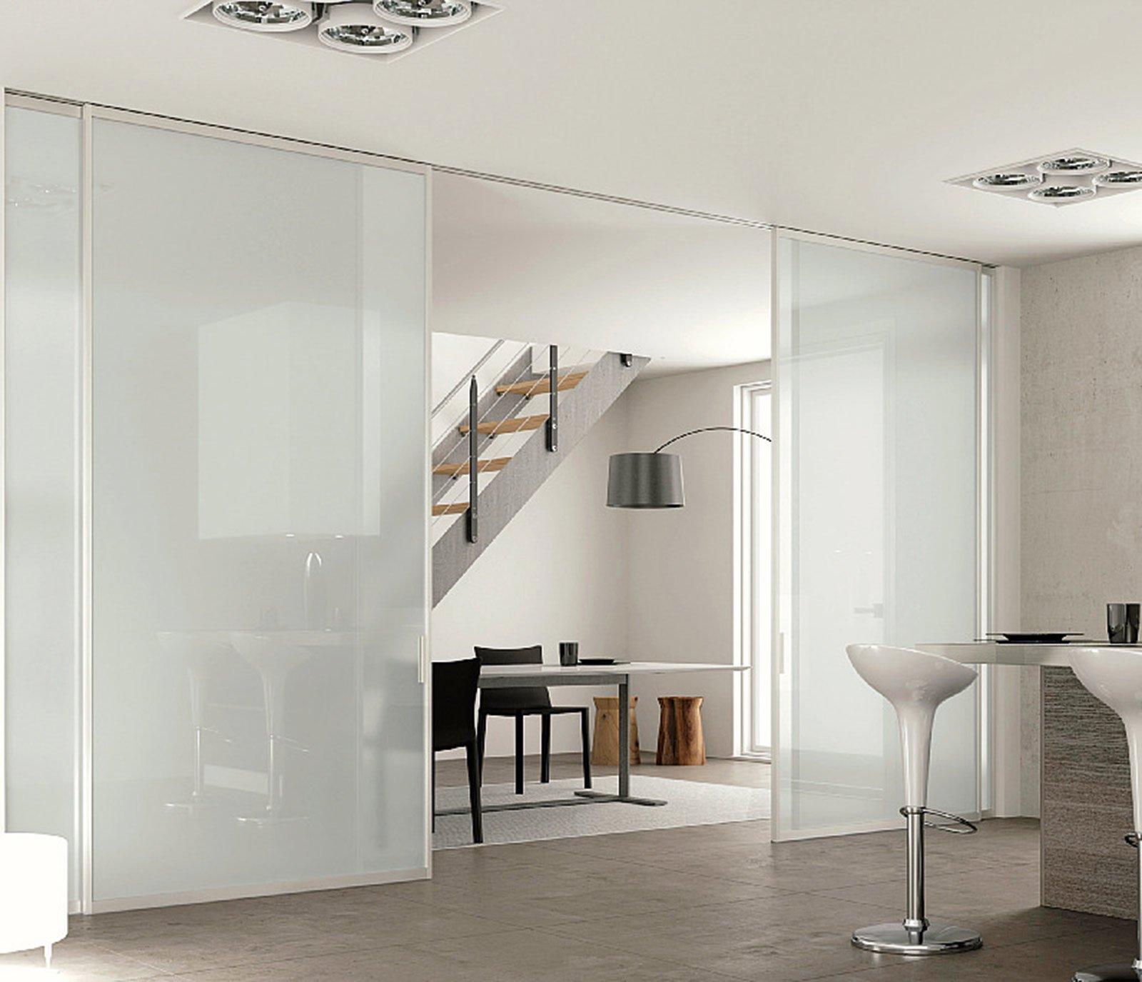 Una cucina parzialmente schermata cose di casa - Misure porta finestra ...