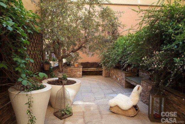 casa-carone-fiorentini-cortile
