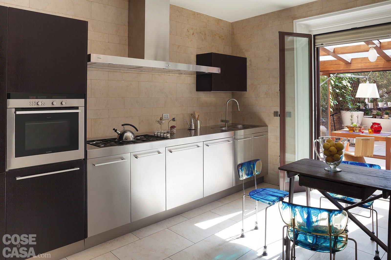 Via il corridoio spazi pi ampi cose di casa - Cucina sul terrazzo ...