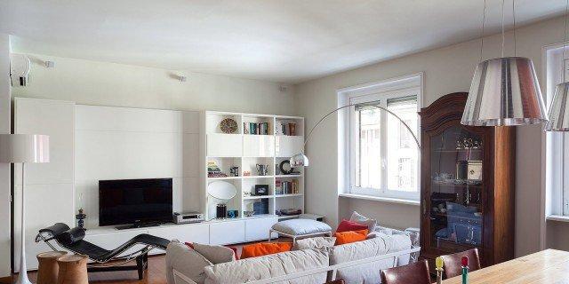 Più spazio in casa eliminando il corridoio. Guarda il video