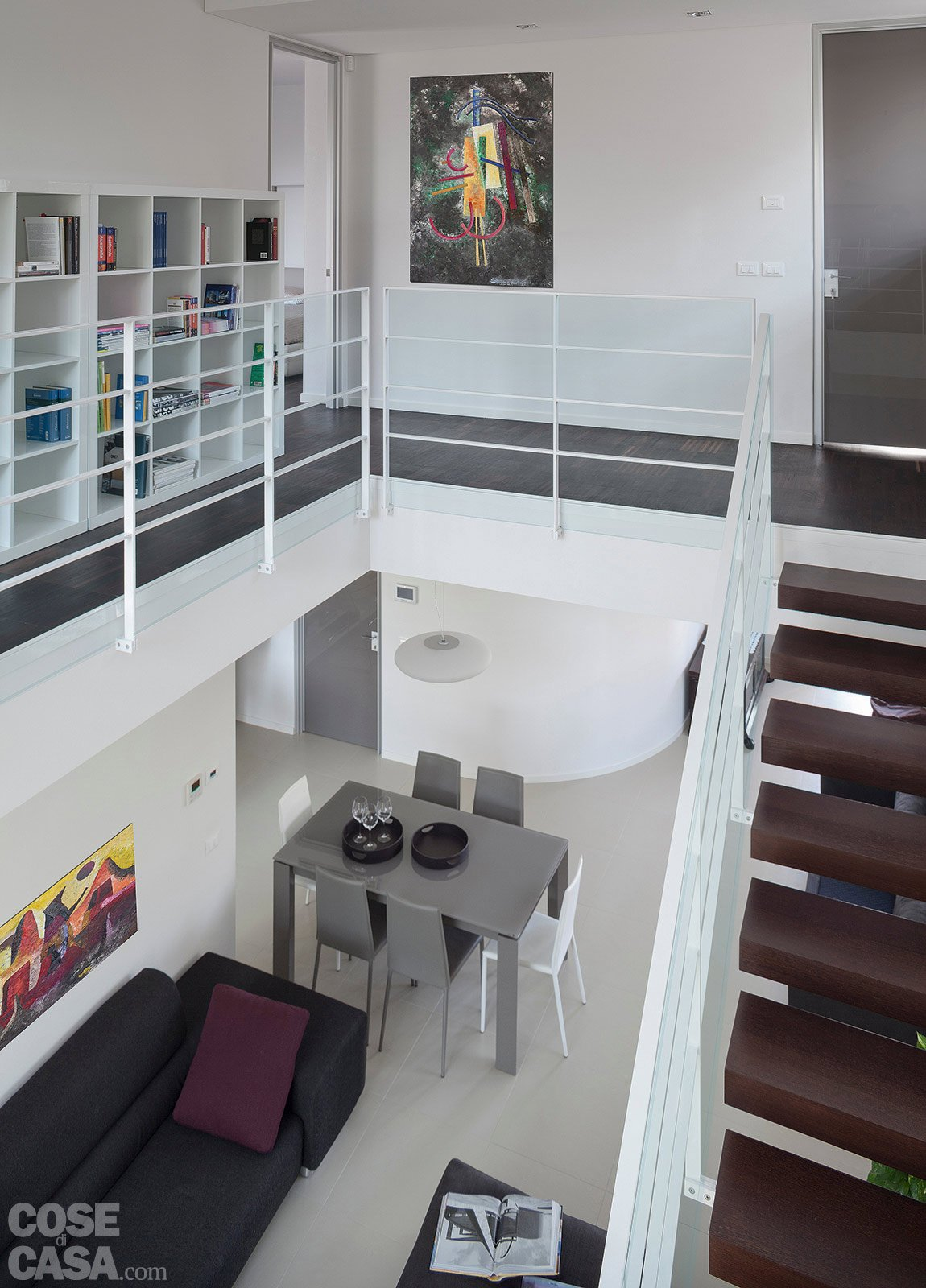 Architetture in piena luce cose di casa for Moderni disegni di case a due piani