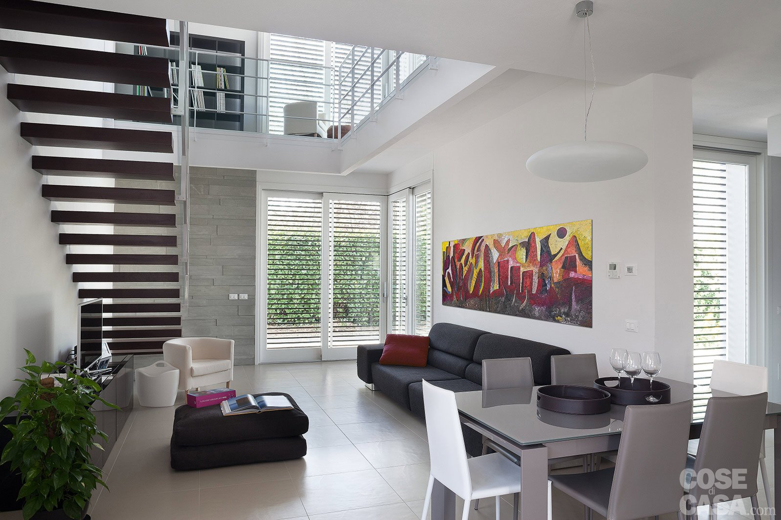 Architetture in piena luce cose di casa for Case con vetrate