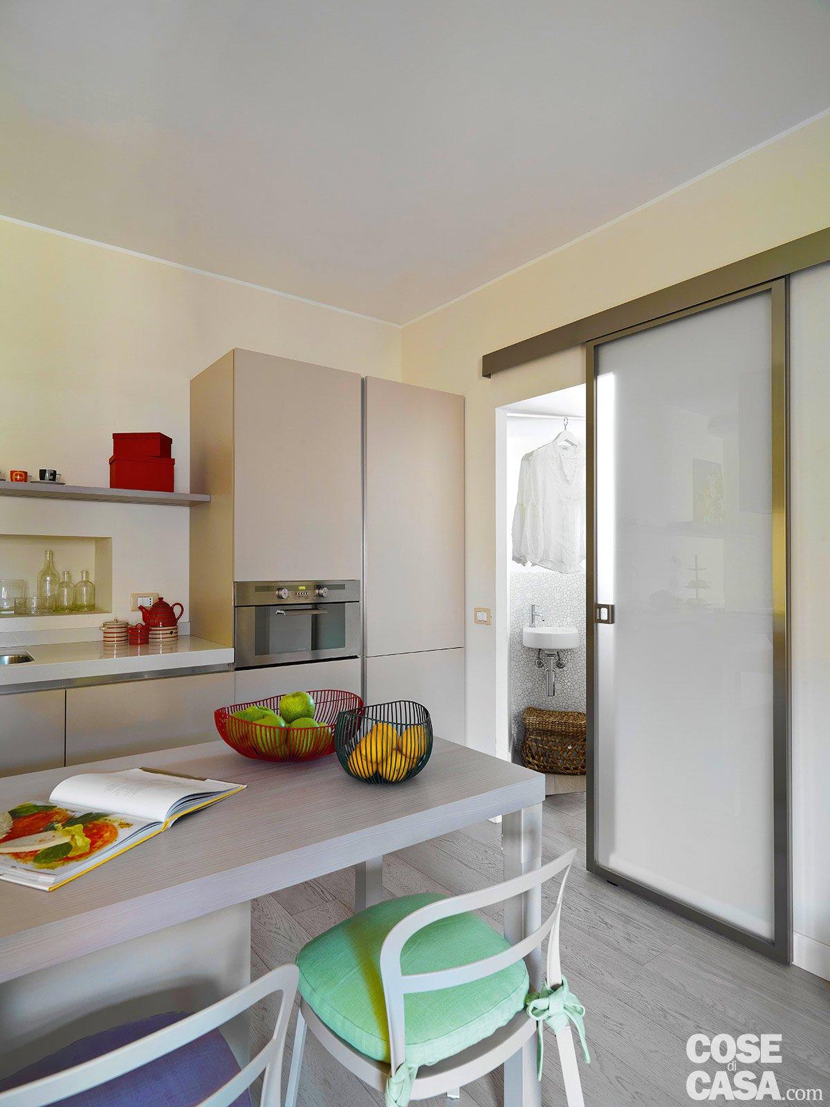 50 Mq: Obiettivo Massimo Comfort Cose Di Casa #693B27 1200 1600 Come Arredare Una Cucina Piccola Rettangolare