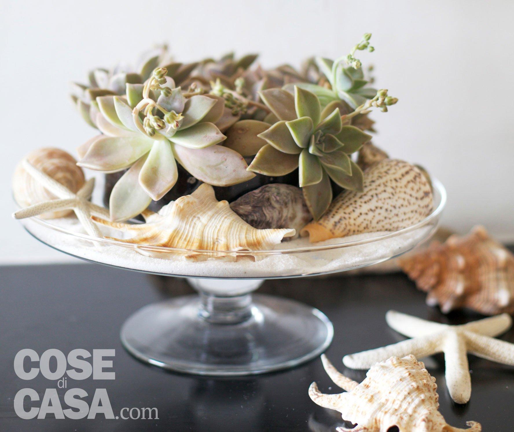 Un centrotavola marino con le succulente cose di casa - Tavola per cucina ...