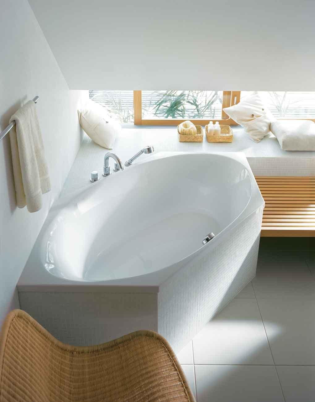 Vasche per ogni esigenza di spazio cose di casa - Vasche da bagno a incasso ...