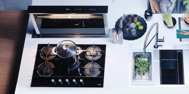 Elettrodomestici in acciaio inox: design; massima igiene e facilità di manutenzione