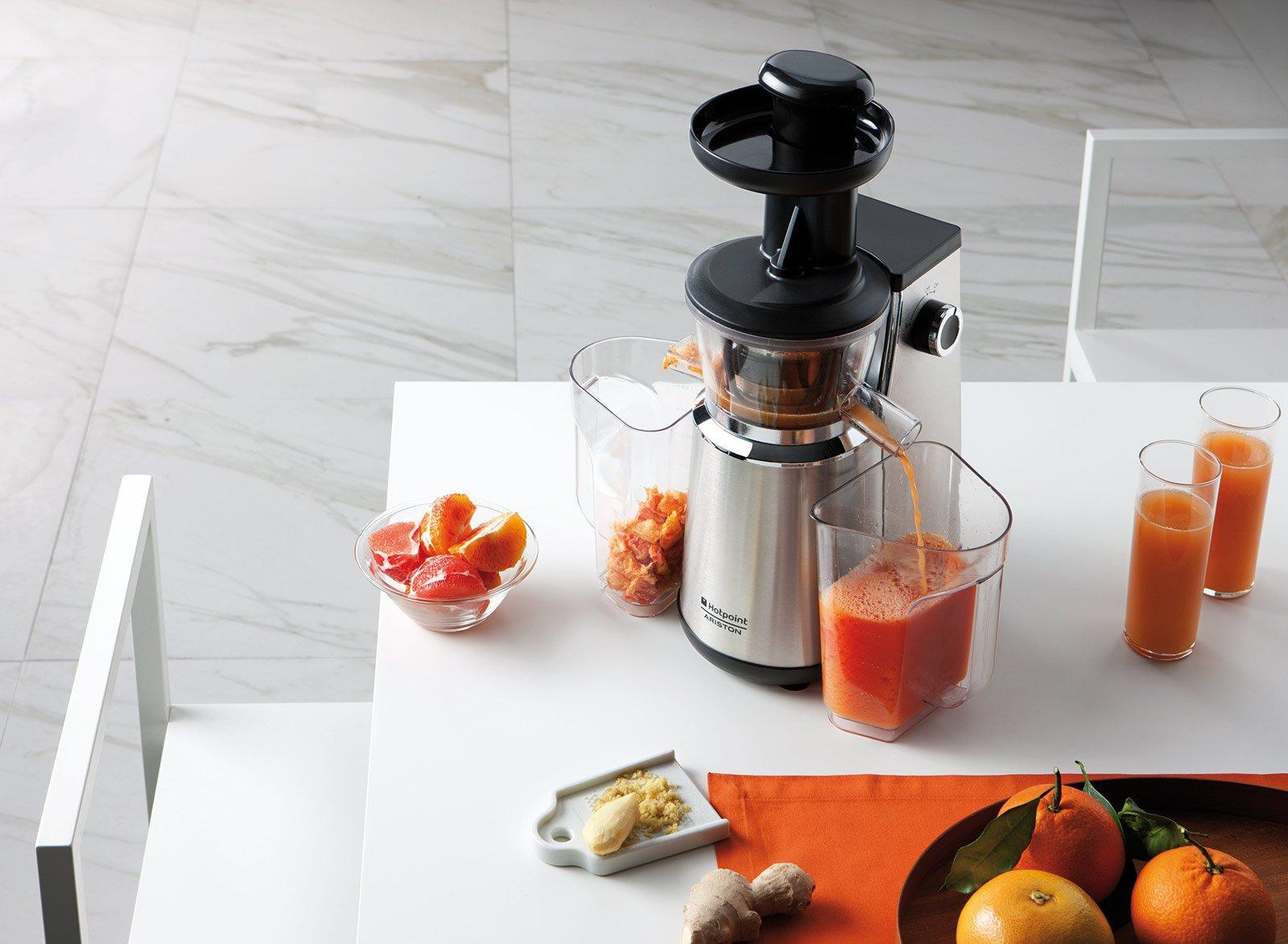 Estrattori di succo di frutta e verdure cose di casa for Hotpoint ariston estrattore