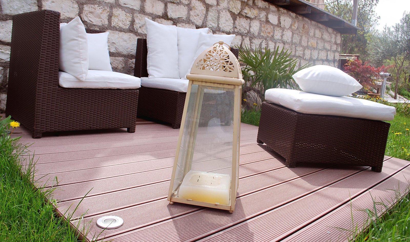 Pedana Di Legno Per Giardino il pavimento fuori di casa. materiali, tipologie, modelli