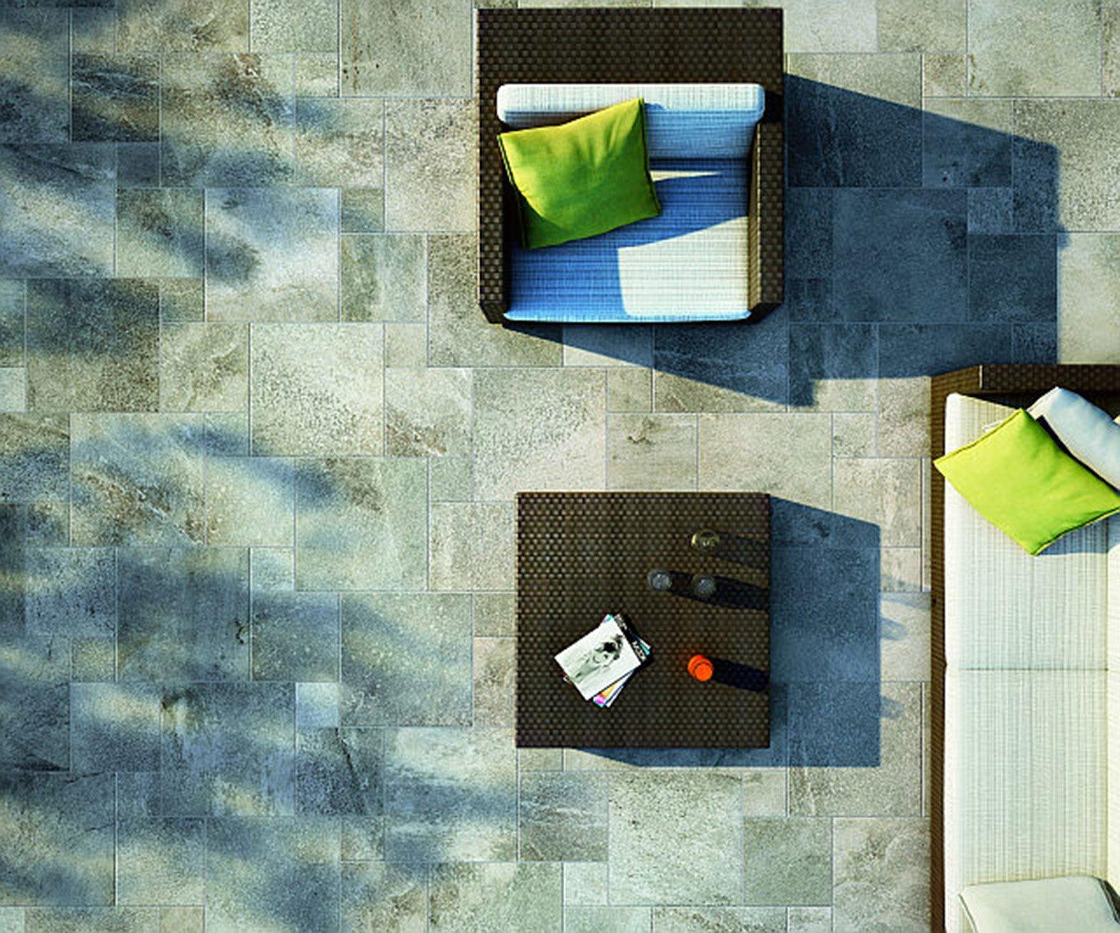 Il pavimento fuori di casa cose di casa - Piastrelle gres porcellanato per balconi ...