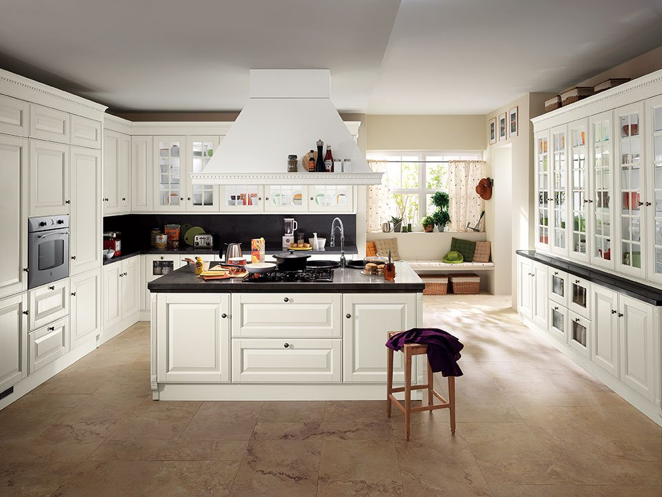 Cucine classiche in legno tradizione senza tempo cose - Cucine componibili bianche ...
